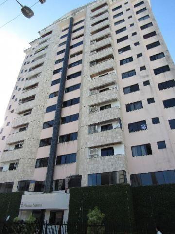 Apto med. 161,11², na 13 de Julho, 2º andar, no Cond. Piazza Navona