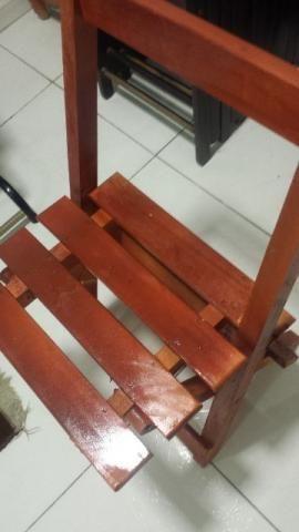 Cadeira madeira Pouco usada