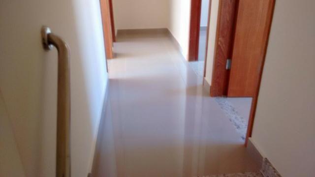 Casa em Ipatinga, 3 qts/suite, 110 m², 2 vags 5x5 mts, piso porc retif. Valor 240 mil - Foto 8