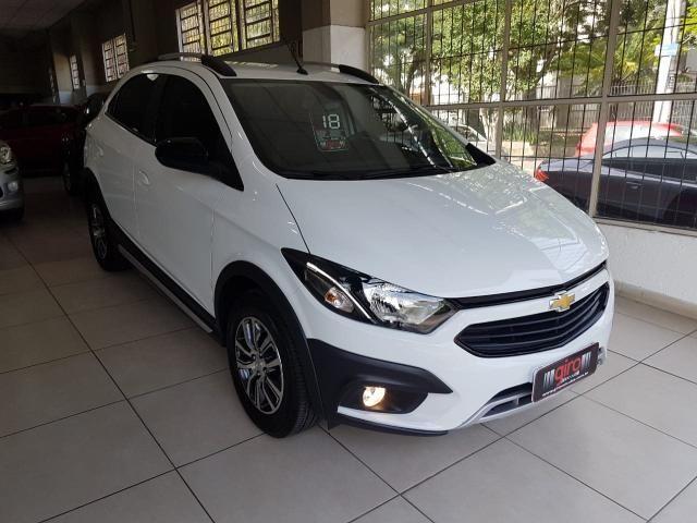 Gm - Chevrolet Onix 1.4 Active,Automático,unico dono,com 8.000 km na garantia de fabrica - Foto 2