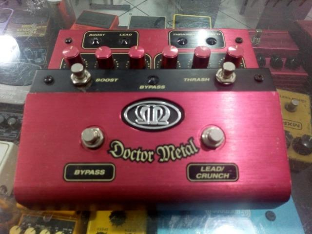 Pedal para guitarra Meteoro Doctor Metal