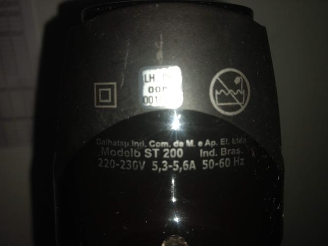 Secador 1300W Taiff Smart 220v ST200 com Bico Chato 2 temperaturas 2 velocidades cabo 3 m - Foto 2