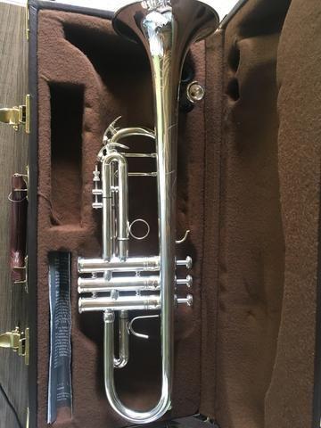 Trompete Vicent Bach Stradivarius modelo 37 - Foto 4