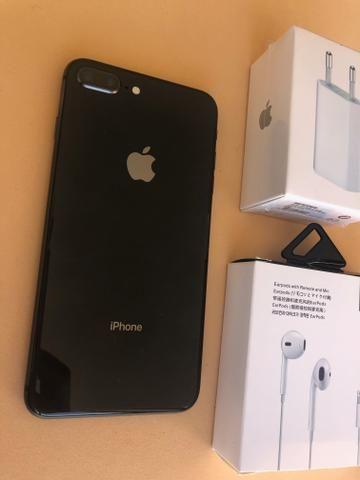IPhone 8 Plus 64GB Black - praticamente sem uso - novissimo - completo