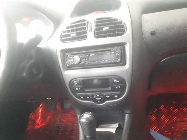 Carro Peugeot 206 1.4 completo. - Foto 3