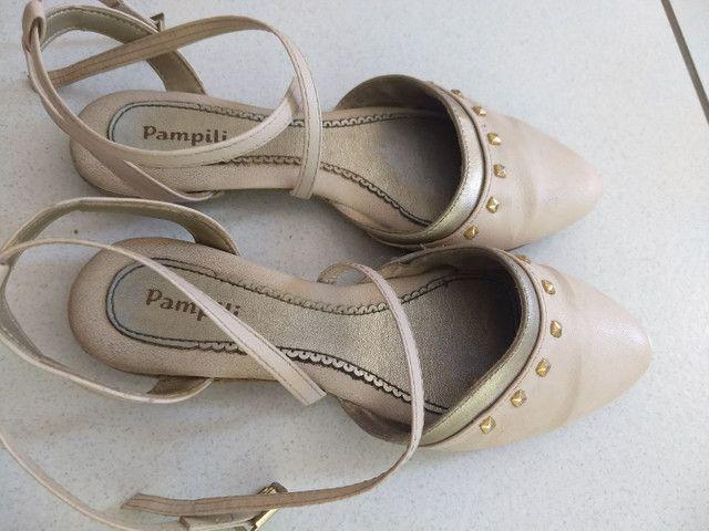 Sandália Pampili tamanho 32 - Foto 2