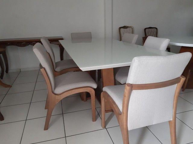 Imperdivel-Mesa com tampo de vidro laqueado + 6 cadeiras modelo Sabrina   - Foto 3