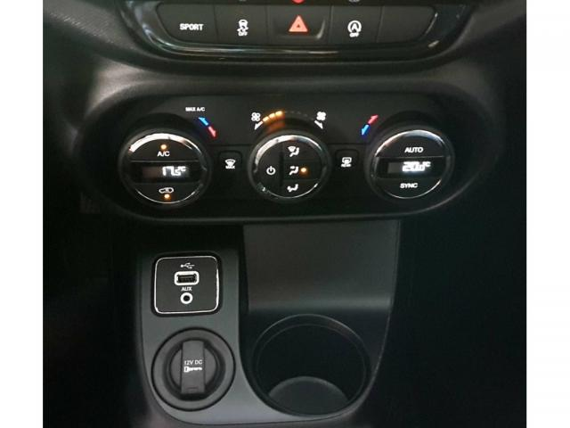 FIAT TORO FREEDOM 1.8 16V FLEX AUT. - Foto 14