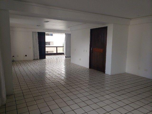BOUC08 - Apartamento para alugar, 4 quartos, sendo 3 suítes, lazer completo, no Parnamirim - Foto 15