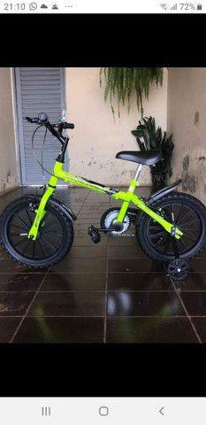 Bicicleta infantil/caminhao de pedal infantil - Foto 3