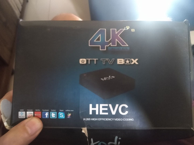Vendo dois Tv box