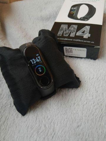 Pulseira M4 Smartband Relógio inteligente - Foto 2