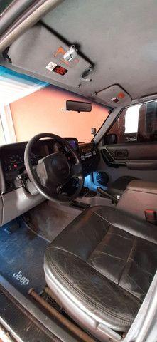 Jeep CHEROKEE SPORT Xj 4.0 6cc cambio automático  - Foto 10
