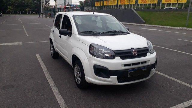 Fiat Uno 2019 completo  1.0 4 cilindros atractive