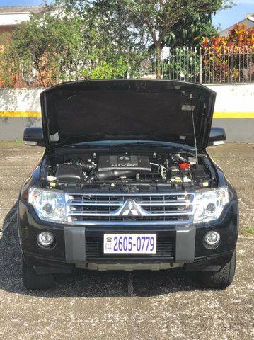 Mitsubishi Pajero Full 3.8 Hpe 4x4 Gasolina Aut 4p 2011 - Foto 16