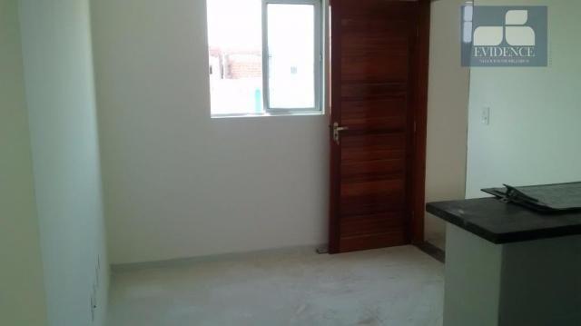 Apartamento com 02 dormitórios sendo 01 suíte no B. das Industrias!!!