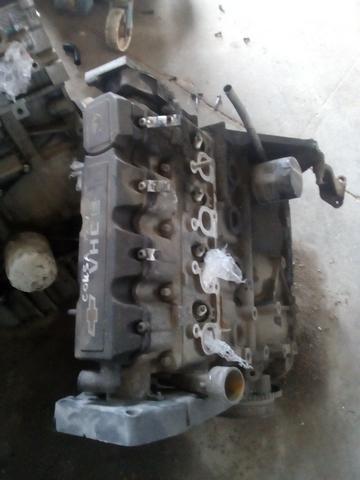 Motor Parcial Chevrolet Corsa a base de troca
