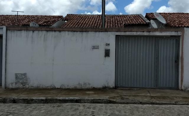 Casa Jardim Royal Mod-0 (à 300m do Eustáquio) / (82) 99917 8469