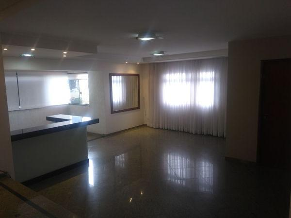Apartamento  com 4 quartos no Ed. Solar Bragança - Bairro Setor Oeste em Goiânia