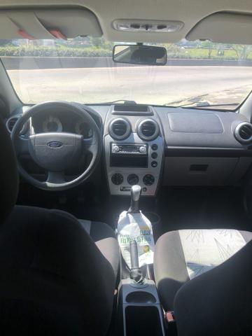 (FINANCIO) (RARIDADE) Ford fiesta class 09/09, completíssimo, doc ok, com apenas 50 mil km - Foto 8