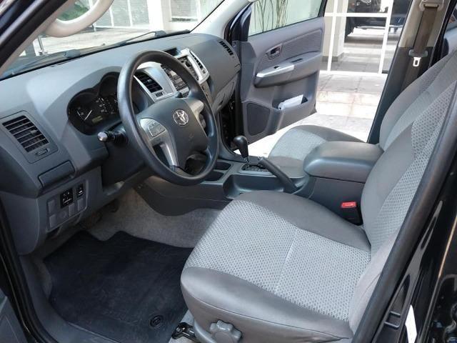 Toyota Hilux 2013, 74.000 km praticamente único dono, impecável - Foto 7