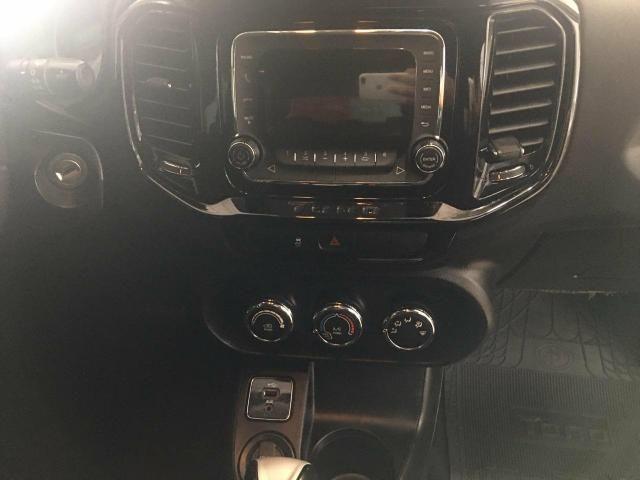 Fiat Toro Freedom 1.8 2017 - Foto 14
