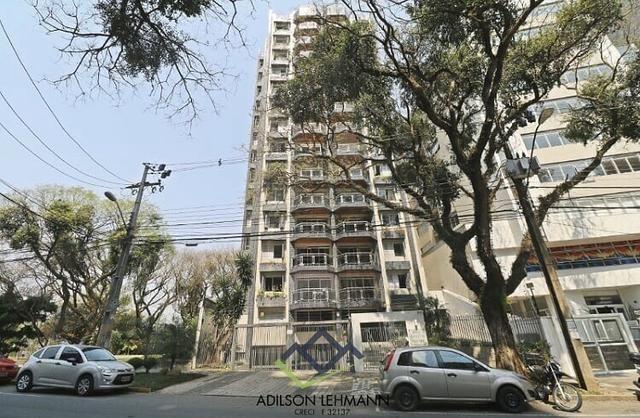 Apartamento a venda/ Avenida Água Verde