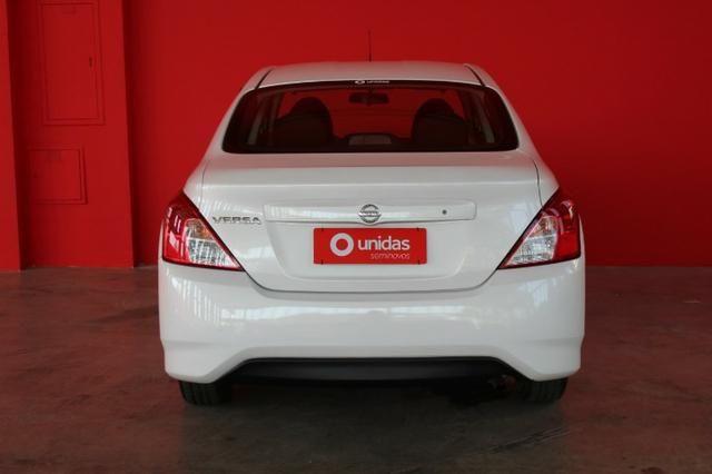 Nissan Versa - Foto 6