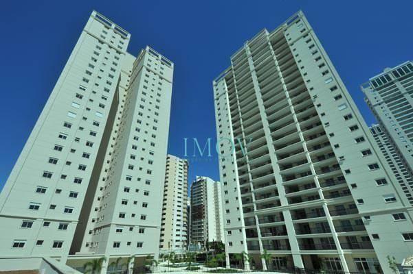Apartamento com 3 dormitórios para alugar, 194 m² por R$ 4.500,00 mês - Jardim Aquarius -
