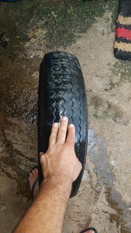 Vendo ou troco roda aro 15 do fusca pneu fino linguiça - Foto 2