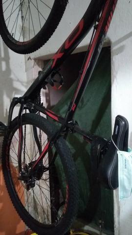 Vendo bike aro o.x 29 toda documentada - Foto 4