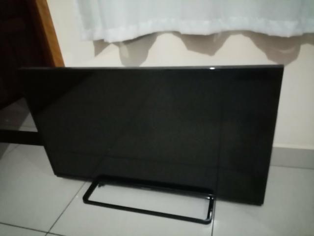 TV 42 polegadas tela quebrada - Foto 2