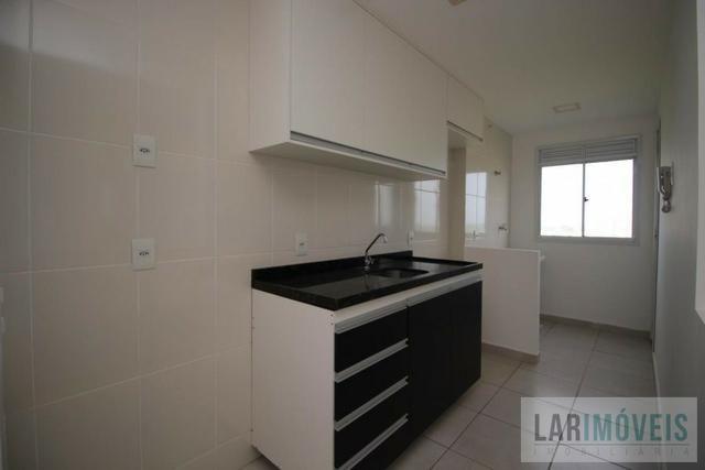 Apartamento de 2 quartos/suíte, sol da manhã, Condomínio Villagio de Manguinhos