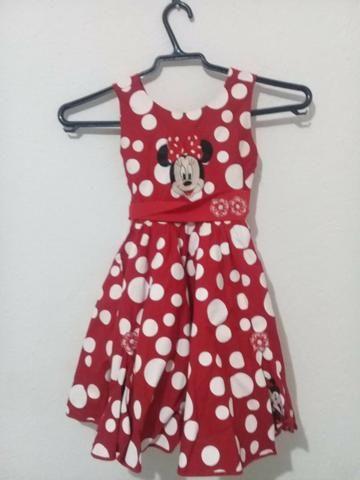 Vendo Vestido Seminovo, para Menina de 4 anos