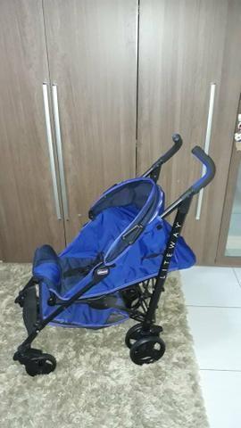 Vendo carrinho de bebê Chico liteway novinho - Foto 2