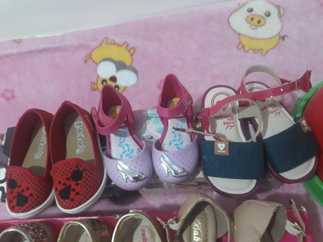Lote de sapatos novos e usado - Foto 5