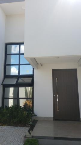 Excelente Oportunidade - Casa Moderna
