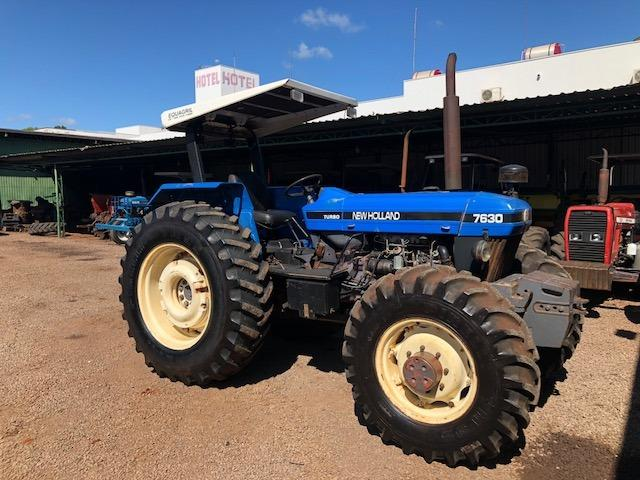 New Holland 7630 4x4 ano 2001