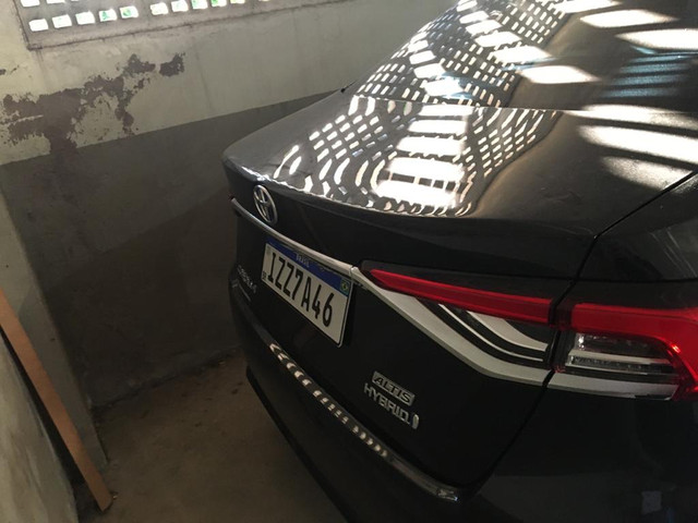 Corolla Altis Hybrid Premium - Foto 3