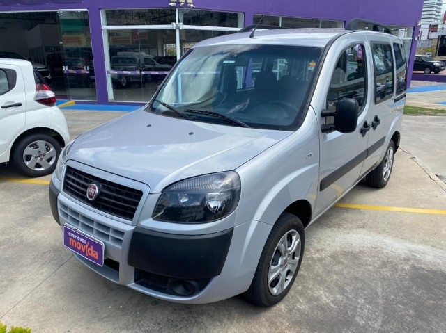 Fiat Doblò Essence 1.8 16V (Flex) - Foto 2
