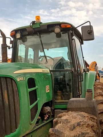Trator Agrícola John Deere 6145j  4x4  ano 2014  12.550horas - Foto 3