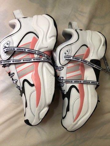 Tênis Adidas Magmur Runner - Foto 4