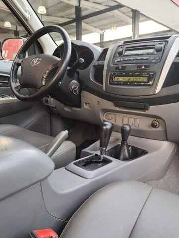 Toyota HILUX SRV 3.0 AT 4x4 - Foto 9