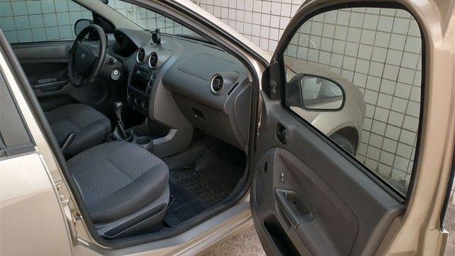 Ford Fiesta 1.6 2006  - Foto 10