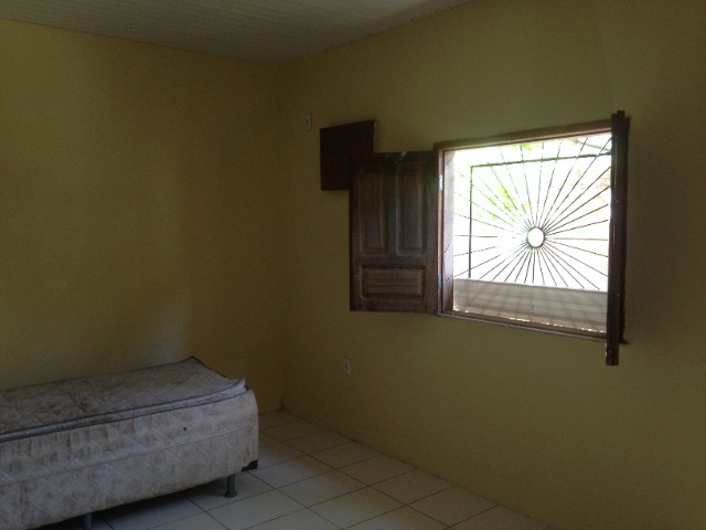 Vende-se casa próxima a Ufam-Parintins (100 mil). FONE: * ? Noélio - Foto 8