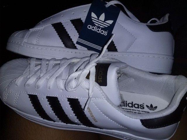 Tênis similar da Adidas novo, número 41