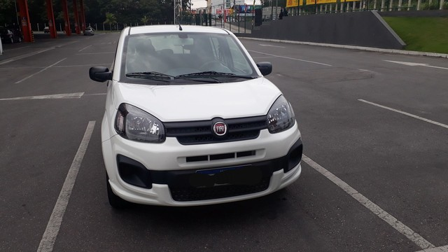 Fiat Uno 2019 completo  1.0 4 cilindros atractive  - Foto 7
