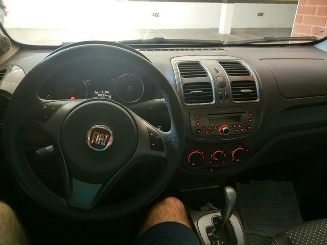 Gran Siena Essenc 1.6 Dual Logic (Automático) 30 mil kms rodados