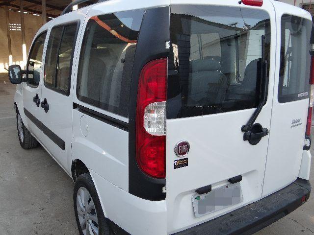 Fiat doblo attractive 1.4 flex 2016