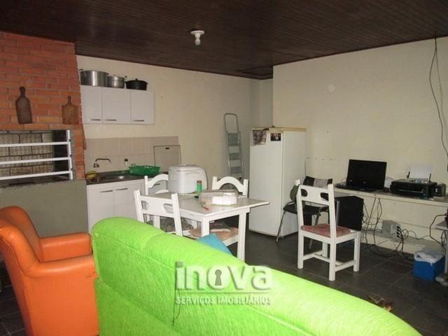 Casa de 04 dormitórios no centro de Imbé - Foto 19